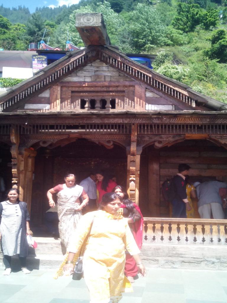 vashisth temple manali attractions