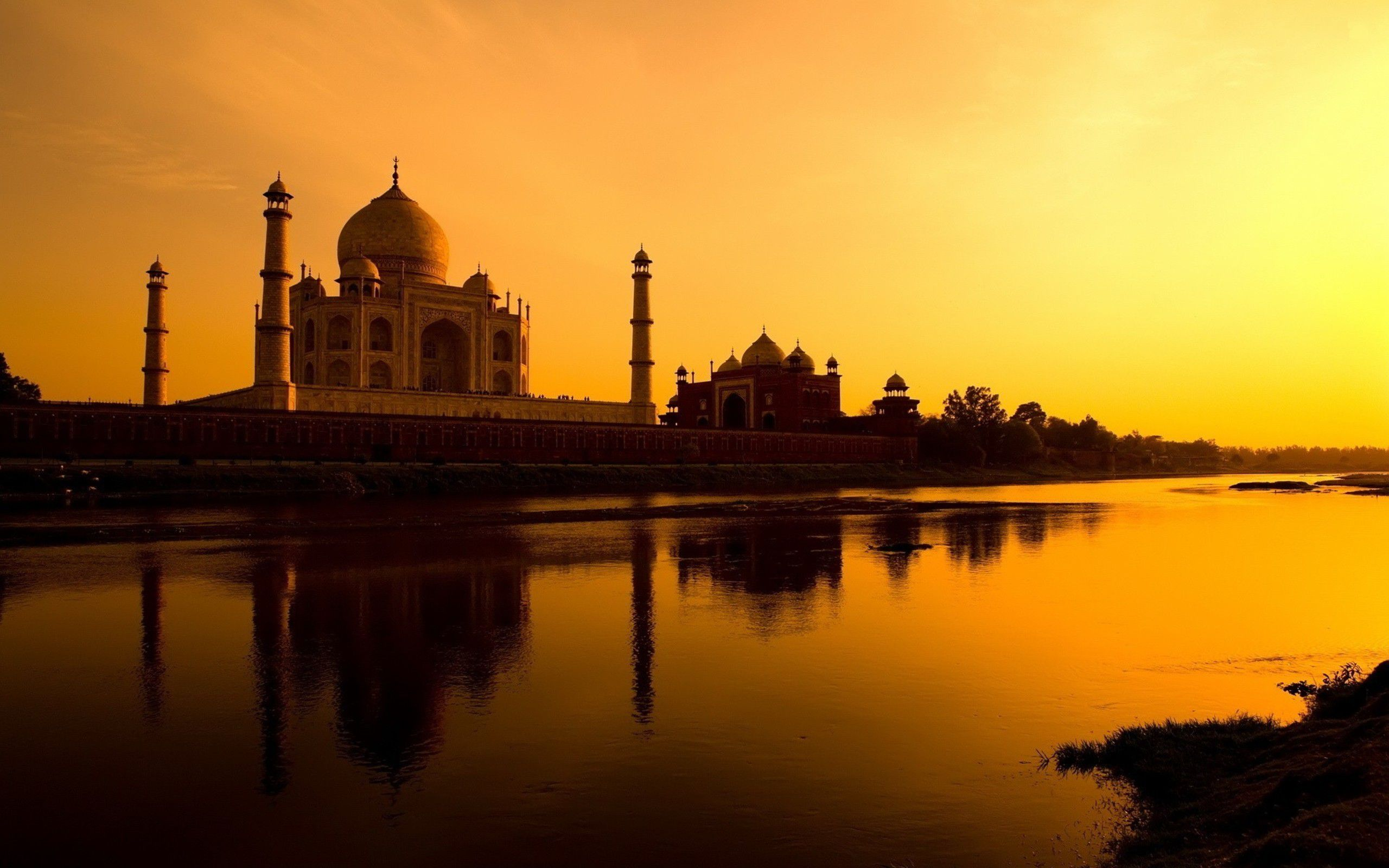 north India tourist places agra
