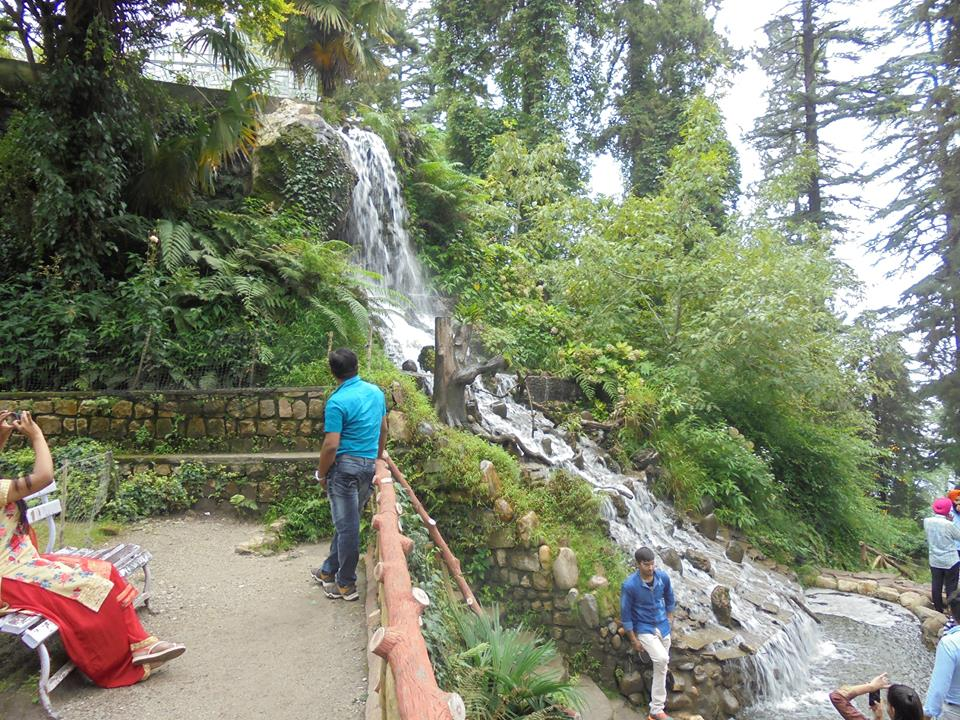 Places to visit in mussoorie company garden