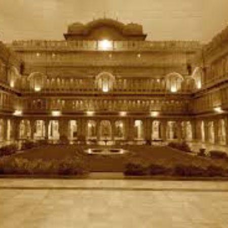 Lakshmi nivas palace