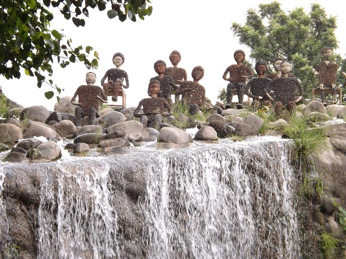 rock garden in chandigarh